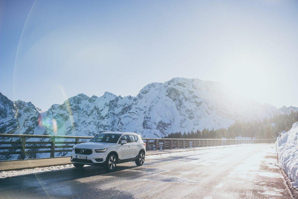 Im Schnee zeigt der Volvo XC40 ungeahnte Kräfte